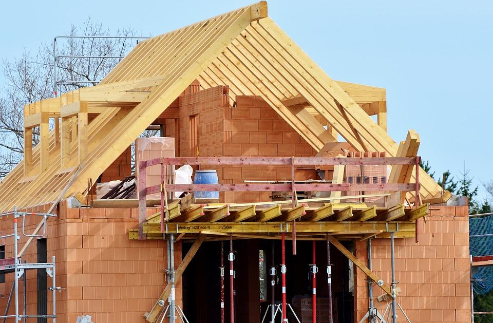 Jak oszacować ile kosztuje budowa domu?