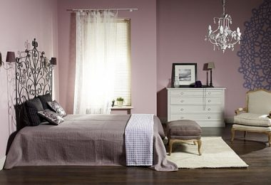 Romantyczna lawenda w sypialni