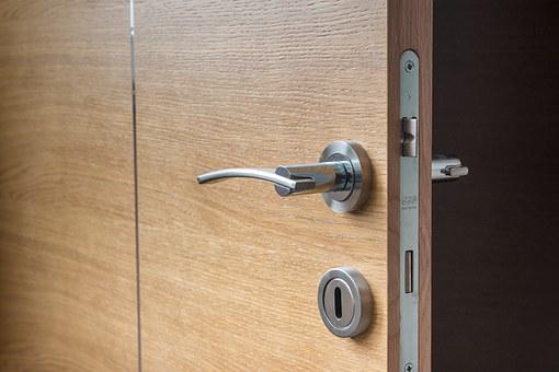 Wymiana drzwi